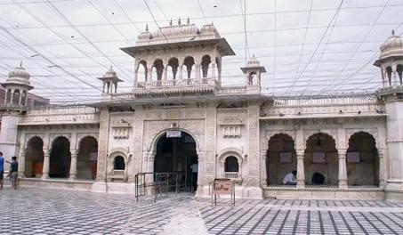 Deshnoke Karni Mata